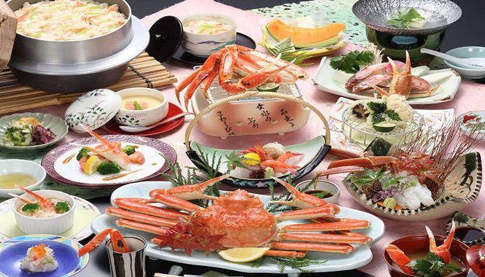 福井県でカニ料理が評判の旅館|あわら温泉 清風荘