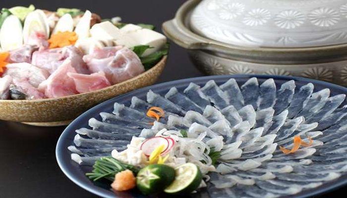 山口県でふぐ料理がおいしい旅館といえば湯田温泉の梅乃屋です。