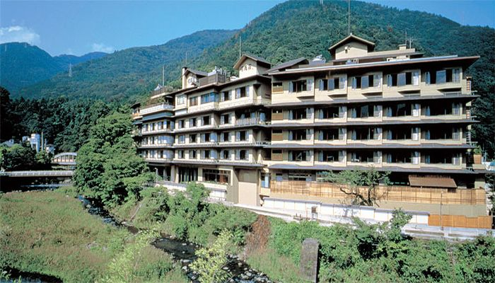 箱根湯本温泉ホテル河鹿荘