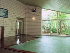 ラジウム泉の宿