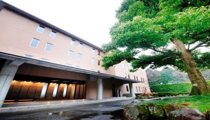 伊豆山温泉の宿