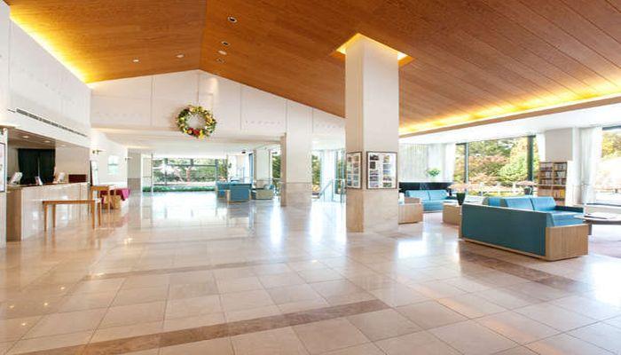蓼科・湖畔の高原リゾートホテル