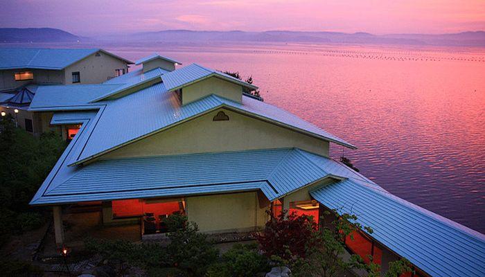 能登半島でカニ料理が評判の旅館といえば和倉温泉の多田屋です。