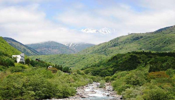 奈良富士子さん母娘が旅番組で宿泊した新穂高温泉・山のホテル