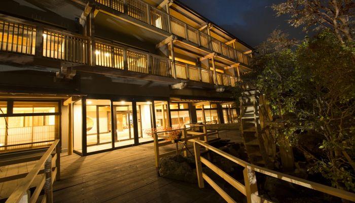 記念日旅行に!露天風呂付き客室と料理が評判の強羅温泉の名旅館