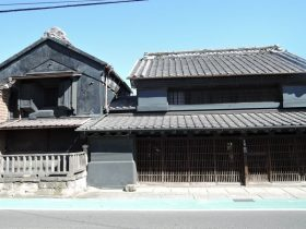 小泉家(日光街道・越谷宿)