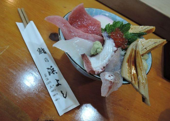 鮨の浜よし|地魚の海鮮丼